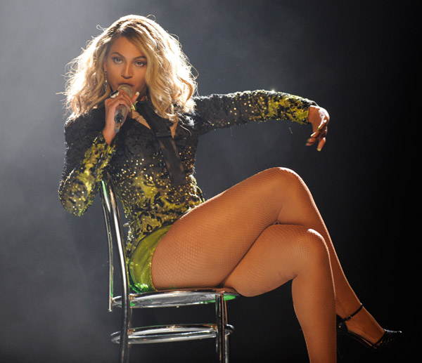 beyonce-thighs