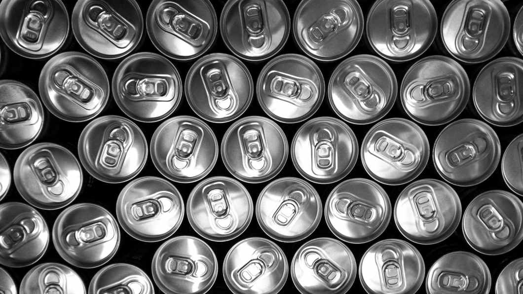 cans black and white doses